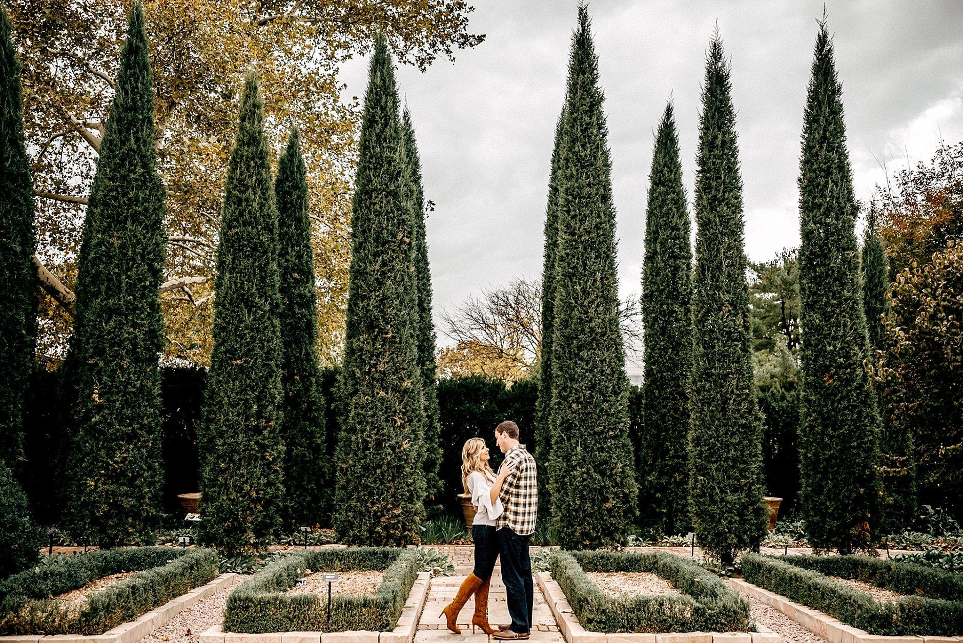 MOBOT Missouri Botanical Gardens Engagement Photography